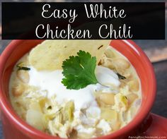 If you want an awesome alternative to beef chili, you are going to love this Easy White Chicken Chili! It's so easy to just cook, and it's absolutely delicious.