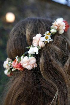 mettez couronne de fleurs