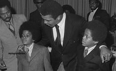 Michael and Marlon with Muhammad Ali - R.I.P Muhammad Ali | Curiosities and Facts about Michael Jackson ღ by ⊰@carlamartinsmj⊱