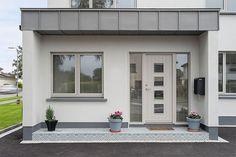 Composite Front Door, Front Doors With Windows, Door Casing, Aluminium Windows, Refurbishment, Home Office Design, Garage Doors, Wood, Outdoor Decor