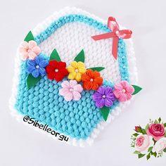 Crochet Doilies, Crochet Flowers, Crochet Hats, Crochet Girls Dress Pattern, Baby Knitting Patterns, Diy And Crafts, Girls Dresses, Crochet Poncho, Seals
