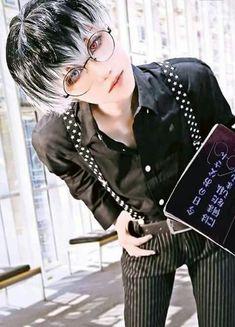 Imágenes De Tokyo Ghoul Y También del Re. Para Las Que Aun No Leen E… #detodo # De Todo # amreading # books # wattpad