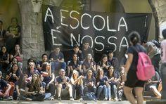 """Os desocupados que """"ocupam"""" as escolas não passam de milícias fascistas invasoras"""