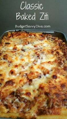 Baked Ziti Classic Baked Ziti -- everyday comfort food that everyone loves! Great to make ahead and for left overs, how can you lose?Classic Baked Ziti -- everyday comfort food that everyone loves! Great to make ahead and for left overs, how can you lose? Classic Baked Ziti Recipe, Classic Recipe, Recipe For Baked Ziti, Recipe For Cavatelli, Easy Lasagna Recipe, Lasagna Recipes, Great Recipes, Gastronomia, Crock Pot Recipes