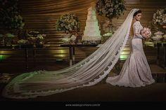 DESLUMBRANTE essa é a palavra que define essa noiva Lays. Casamento lindo e impecável Lays & Francisco 12/11/2016 -  Cerimonial: Coliseu Cerimonialista: Jacyara Queiros Make e Cabelo: Welba Vasconcelos Fotografia: Wesley Joviniano  #noiva #noivalinda #noivas2016 #noivasdobrasil #ouniversodasnoivas #bride #amocasamento #diadecasamento #wedding