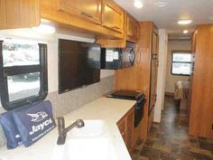 2016 New Jayco Alante 31V Class A in Wisconsin WI.Recreational Vehicle, rv, We are celebrating 52 years in business!!!! We are blowing out our 2015 inventory, it is priced to sell and moving fast! Now is a GREAT time to buy an RV, FREE winter storage with RV purchase. Our dealership is located on Interstate 94 between Milwaukee and Chicago. STORE HOURS ARE TUESDAY THRU SATURDAY 9-5. In addition to RV sales, we offer a large parts and accessories store and an unparralled service department…