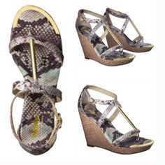 """NWT size 10 wedges Cute wedge sandal by mossimo. Green snake design straps with gold colored bar and front decoration.   Size 10.  Width: Medium Construction: Adjustable buckle strap, Tagless footbed Sandal Style: Gladiator sandals Upper Material: 100 % Polyurethane Outsole Material: 100 % Thermoplastic Rubber Closure Style: Buckle Strap Style: Ankle strap Heel: Approximately 4""""; Wedge heel Platform Sole Height: Approximately 0.5"""" Merona Shoes Wedges"""