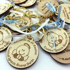 10 Etiquetas de Madera Handmade Ovaladas Alargadas - Altorrelieve.cl Coasters, Tags, Handmade, Wood, Drink Coasters, Coaster Set, Coaster