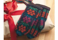 Kainuu Mittens - Knitting and Crochet - The Great Handicrafts Knit Mittens, Mitten Gloves, Knitting Stitches, Knitting Patterns, Knitting Needles, Winter Accessories, Some Ideas, Hand Warmers, Knitting Projects