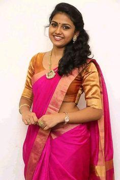 Glamorous Chennai Girl Rahaana Long Hair Photos In Traditional Red Sari Beautiful Girl In India, Most Beautiful Indian Actress, Beautiful Saree, Beautiful Actresses, Beautiful Girl Photo, Beauty Full Girl, Beauty Women, Beauty Girls, Real Beauty