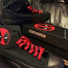 Deadpool converse :D Converse Shoes, Vans, Converse Outlet, Cool Converse, Footwear Shoes, Swagg, Geeks, Marvel Dc, Princess Bubblegum