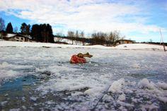 Le lac Saint-Point, une gigantesque patinoire naturelle !