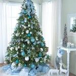 2011-Christmas-Tree-Decorating-home-Ideas-Blue-and-snowy