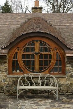 Another view of the Hobbit House window Casa Dos Hobbits, Motifs Art Nouveau, Earthship, Architect Design, Windows And Doors, Round Windows, Architecture Details, Sustainable Architecture, House Architecture