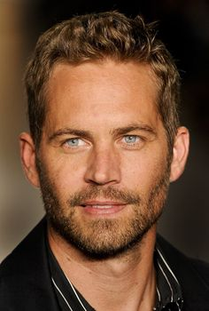 Eyes you fall in love with ❤️ Paul Walker❤️