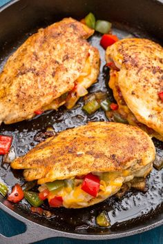 cajun and creole recipes Looking for new ways to switch up your weeknight routine? This Cajun-Stuffed Chicken from is the best! Chicken Breast Recipes Healthy, Easy Chicken Recipes, Turkey Recipes, Dinner Recipes, Healthy Recipes, Healthy Chicken, Stuffed Chicken Recipes, Keto Chicken, Chicken Diane Recipe
