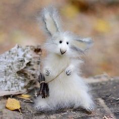 Hare with a bundle of firewood. Hand-knitted from high-quality mohair yarn. 🐇🐇🐇Заяц- побегаец)) #handmadecurator #craftsposure
