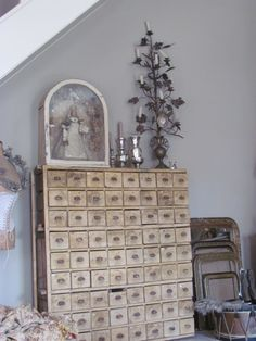 Apothecary Drawers - vintage home decor ideas