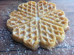Norwegische Waffeln For these very tasty and delicious waffles you need a waffle iron for heart-shaped waffles. Waffle Recipes, Baking Recipes, Ham Recipes, Norwegian Waffles, Best Pancake Recipe, Galette, Beignets, Sweet Cakes, Coffee Cake