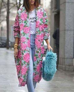 How to Style a Kimono Cardigan Next Spring 2019 Look Fashion, Autumn Fashion, Fashion Outfits, Fashion Tips, Fashion Design, Fashion Trends, Kimono Fashion, Feminine Fashion, Boho Outfits