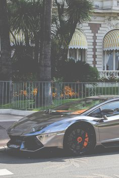 I must say this Lamborghini with this chrome paint job it pretty dope.