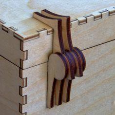 Laser cut all ply hinge. Laser Cutter Ideas, Laser Cutter Projects, Laser Cut Box, Laser Cutting, Wood Projects For Beginners, Easy Wood Projects, Woodworking Jigs, Woodworking Projects, Woodworking Equipment