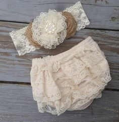 Rustic Shabby Chic Lace Diaper Cover-Rustic by CountryCoutureCo My Baby Girl, Baby Love, Cute Babies, Baby Kids, Babies Stuff, Baby Girl Fashion, Kids Fashion, Diy Baby Headbands, Shabby Chic Baby
