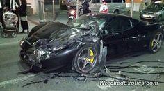 Ferrari 458 Italia crashed in Jerusalem, Israel.