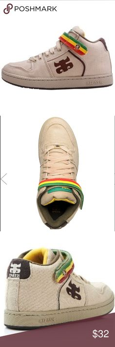 Ipath Grasshopper Natural Hemp Sneakers Sz 9 1/2. Ipath Grasshopper Natural Hemp Sneakers Size 9 1/2. Rasta Accented. Padded Collar & Tongue Hidden Pocket in Tongue to Stash Your Gum, Money, or Whatever Else You Need to Stash in Your Shoe.? Ipath Shoes Sneakers