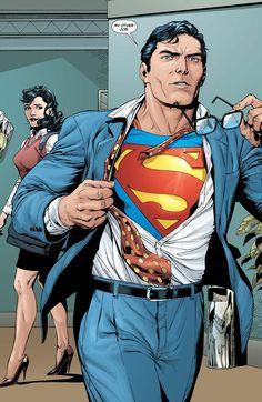 Superman Family, Superman Man Of Steel, Batman And Superman, Superman Characters, Dc Comics Characters, Arte Dc Comics, Batman Comics, Catwoman Comic, Superman Wallpaper