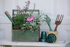 "Fleurs planter box and vintage garden tools......Can anyone help me find this wooden box with ""fleurs"" on it>>>"