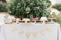 An Al Fresco Wedding Under the Malibu Sun Al Fresco Dinner, Wedding Desserts, Alternative Wedding, Fall Wedding, Wedding Venues, Table Decorations, Florals, Sun, Modern
