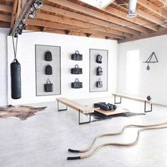 Cool 35 Modern Home Gym Spaces Ideas For Work Out. # # Fitness room 35 Modern Home Gym Spaces Ideas For Work Out Dream Home Gym, Gym Room At Home, Home Gym Decor, Best Home Gym, Diy Home Gym, Home Gym Garage, Basement Gym, Workout Room Home, Gym Interior