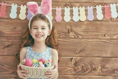 60 fun natural, eco-friendly & organic Easter basket ideas that is not candy. Diy Ostern, Easter Activities, Easter Party, Egg Hunt, Easter Baskets, Easter Crafts, Bunny, Photos, Kids