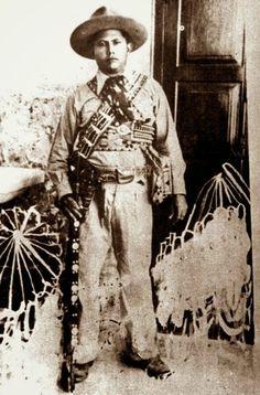 Foto na História: O HOMEM QUE MATOU LAMPIÃO
