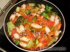 See what I'm cooking on Cookpad! Greek Cooking, Calamari, Greek Recipes, Fish And Seafood, Fresh Vegetables, Feta, Potato Salad, Tasty, Chicken