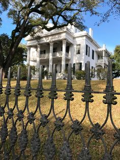 Stanton Hall, Natchez: Consulta 659 opiniones, artículos, y 161 fotos de Stanton Hall, clasificada en TripAdvisor en el N.°6 de 52 atracciones en Natchez.