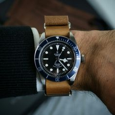 Todays combo Oak Leather Nato on the Tudor Black Bay Blue!!!