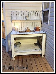 Recycling Old Picket Fencing; could be done with pallets also.