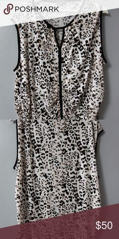 Vince Camuto Top Jersey Sz 3X Womens Great jersey top from Vince Camuto in size 3X. Polyester 95%, spandex 5%, machine wash. Ruching on sides for nice fit. Sleeveless.   Measurements Bust56 inches Length32 inches Vince Camuto Tops Blouses
