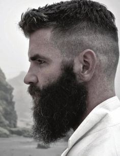 #barbas y #bigotes en nuestro tablero https://www.pinterest.com/SantanaHairArt/beards-moustaches/ de #Pinterest
