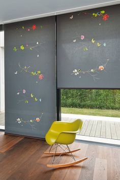 Blooms, birds and butterflies adorn filigree twigs – it appears as if the dreamy design were floating on the surface of the roller blind. Roller Blinds, House Colors, Digital Prints, Home Goods, Creations, Windows, Elephant, Design, Textiles