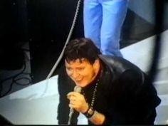 ▶ Gene Vincent singing Be Bop a Lula live on British TV Show in1969 . - YouTube