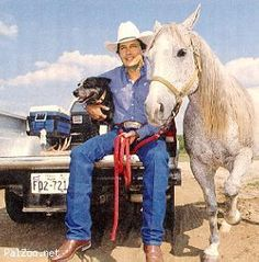 Photo of George Strait & his  DogHorse