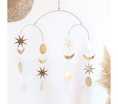 A set of three white wooden wall houses that can be hung in two ways on the wall. Nice to put or paint in the wall houses! Gold Mobile, Moon Mirror, Strawberry Moons, Packing Services, House Wall, Little Star, Wooden Walls, Stars And Moon, Decoration