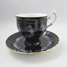 Crown Staffordshire Black Tea Cup and Saucer Set with White Roses and Flowers, Vintage Bone China Tea Set, China Cup and Saucer Green Tea Cups, Sweet Violets, China Tea Sets, China Cups And Saucers, Bone China Tea Cups, Chocolate Cups, Cup And Saucer Set, Teacups, Tea Time