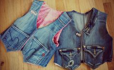 denim vest made from old old jeans. Recycled Fashion, Recycled Denim, Jeans Recycling, Trash To Couture, Denim Vests, Denim Ideas, Denim Crafts, Old Jeans, Clothing Hacks