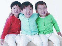 Miss you Daehan Minguk Manse. Superman Baby, Song Triplets, The Triplets, Twins, Triplet Babies, Korean Tv Shows, Song Daehan, My Bebe, Korean Babies