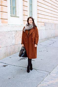 Rusty brown H&M wool coat, Givenchy Antigona Givenchy Antigona, Wool Coat, Brown, Jackets, Outfits, Fashion, Down Jackets, Outfit, Moda