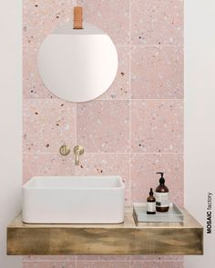 terrazo flooring Light pink terrazzo tile on bathroom wall vanity backsplash. The new and trendy terrazzo collection Marble 5 from Mosaic del Sur comes in pastel colours with small sparse white marble pieces for a clean fresh look Pink Bathroom Tiles, Pink Tiles, Bathroom Colors, Modern Bathroom, Small Bathroom, Bathroom Marble, Marble Mosaic, Pink Bathrooms, Minimalist Bathroom